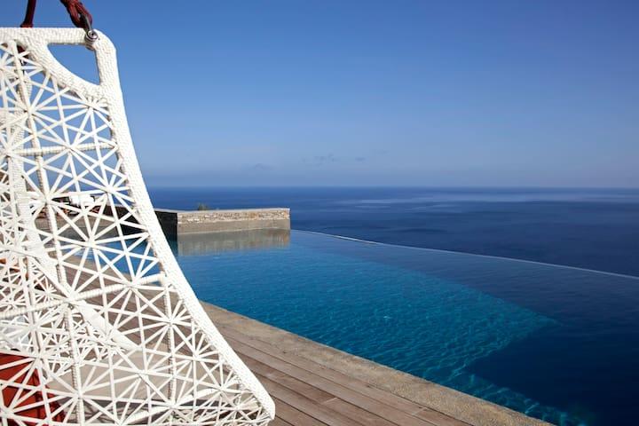 180 Skyline villa sifnos