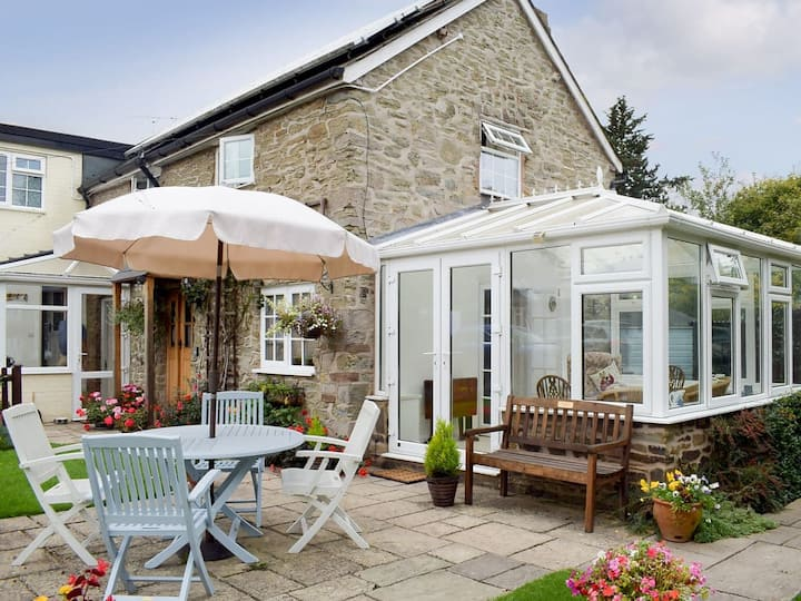Bower Cottage (UK30834)