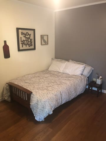 San Rafael Room w/Access to Sunny Backyard!