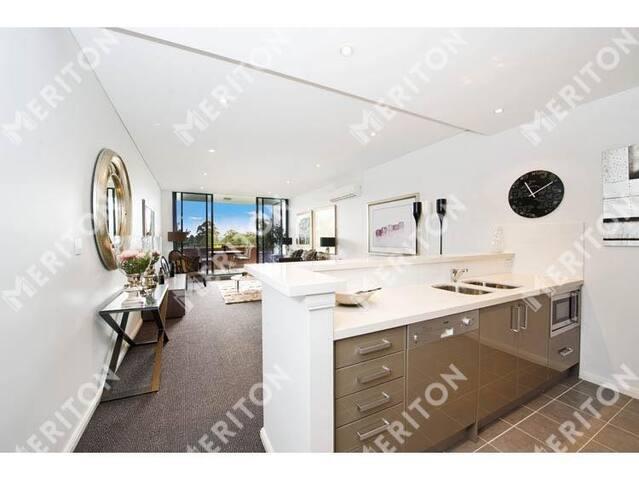 Modern split-level whole apartment with Spa & Gym - Saint Ives - Apartment