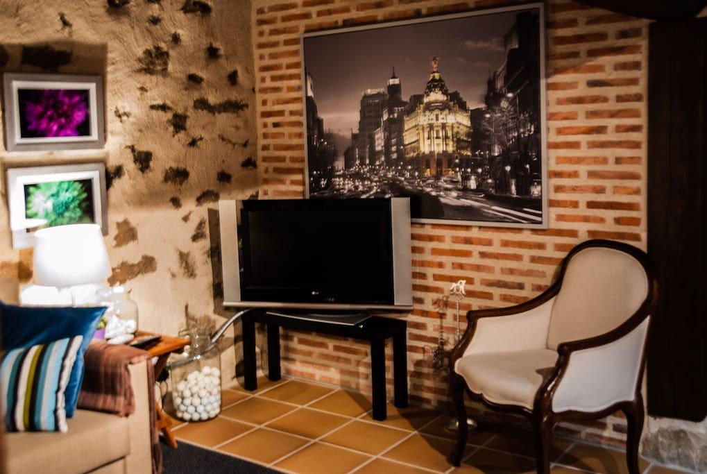 La casa de berta graneros en alquiler en basardilla - Television pequena plana ...