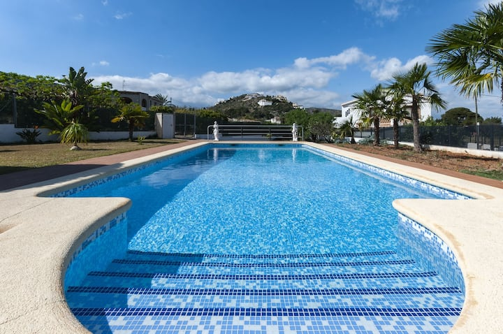 ROSERS - Villa with private pool in Pedreguer. Free WiFi