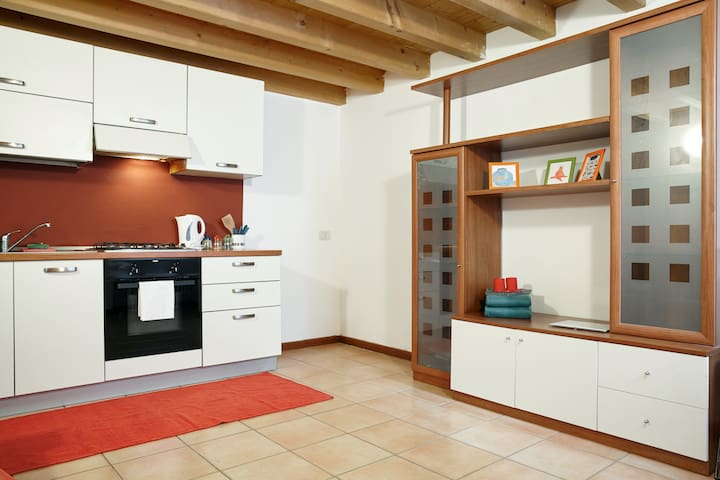 studio flat in quiet place - Verona