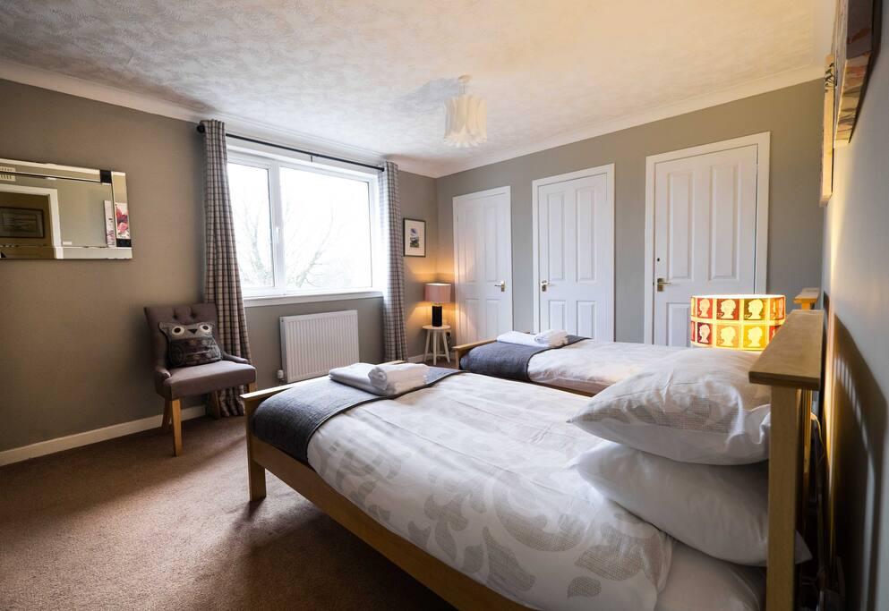Tanera: Bedroom 1 Twin room