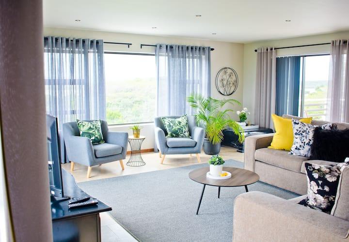 Aguia-Vista Luxury House 1st Floor