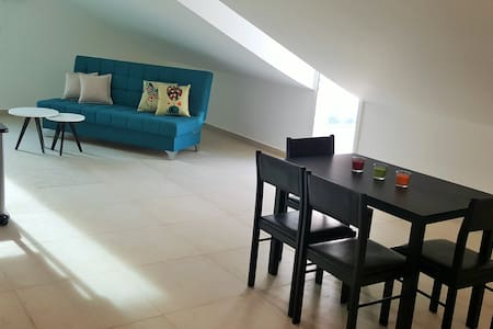 Modern studio with amazing sea view - Byblos