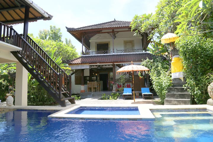 Luxury villa with pool in Bali - Buleleng