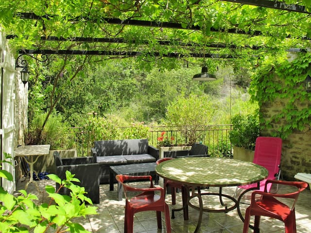 Holiday House Piccolo for 4 persons in Rochecolombe