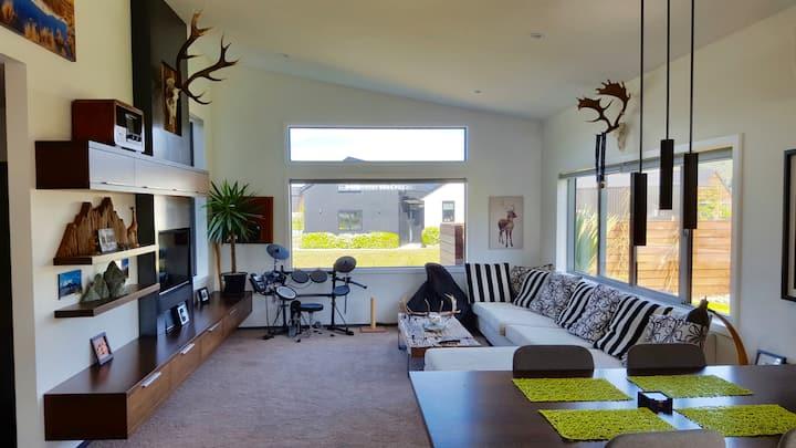 35 Banbury Terrace house Bedroom & Ensuite