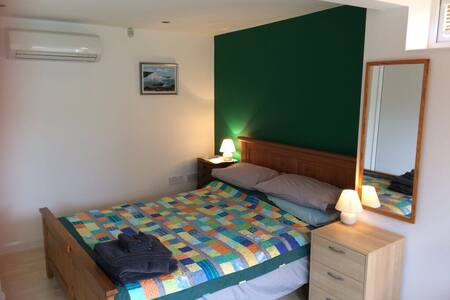 Self contained studio flat for 2 - Seaford - Other