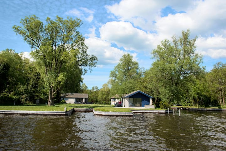 Amsterdam/Loosdrecht Island 2 - Loosdrecht