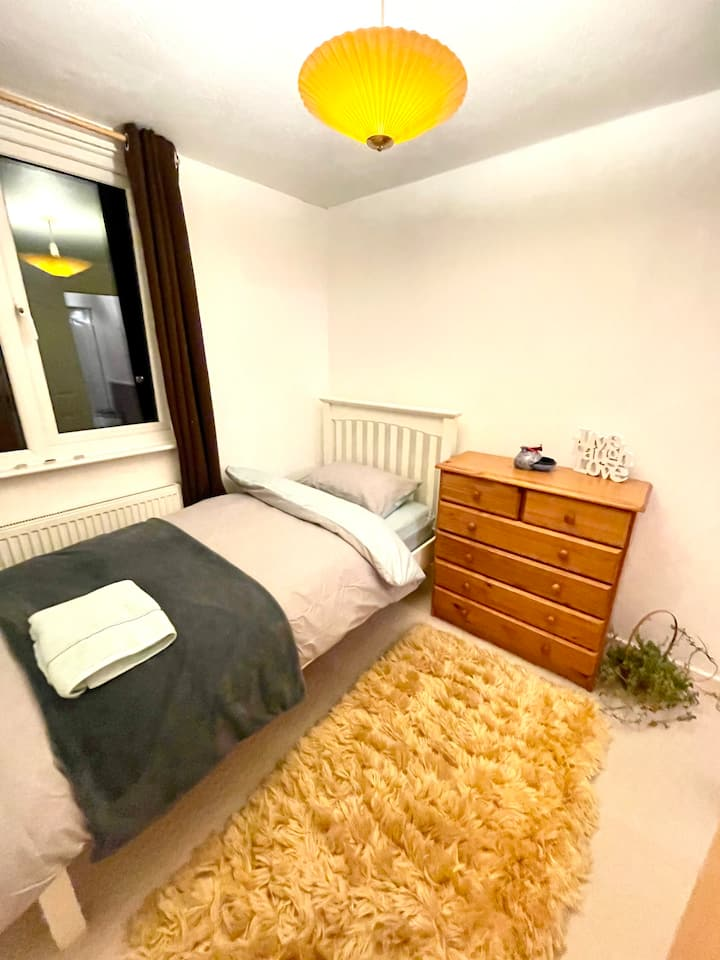 Beautiful room with kitchen, 5 min to station