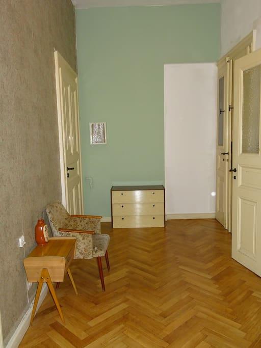 traumhafte altbauwohnung direkt an der karli wohnungen zur miete in leipzig sachsen deutschland. Black Bedroom Furniture Sets. Home Design Ideas