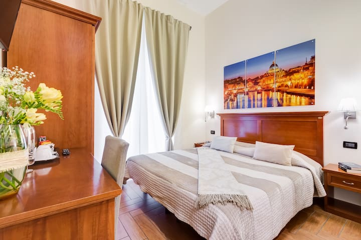 Cozy Room in the heart of Prati