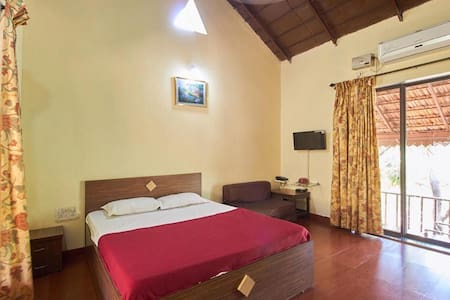 Deluxe Cottage In Dapoli Ratnagiri