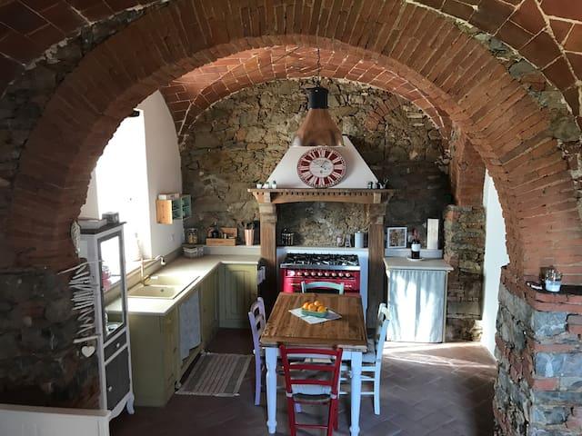 Discover Tuscany from Campiglia Marittima - Campiglia Marittima - Leilighet