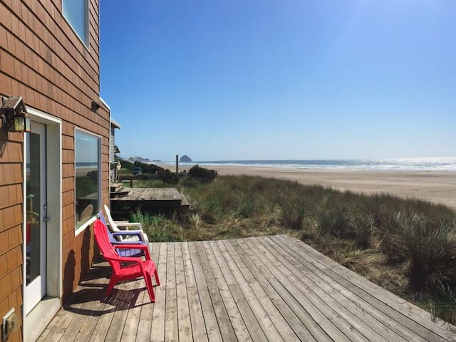 Oceanfront 3BR on Pristine Beach