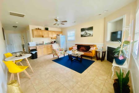 Spacious & centrally located in KDH! Pet Friendly!