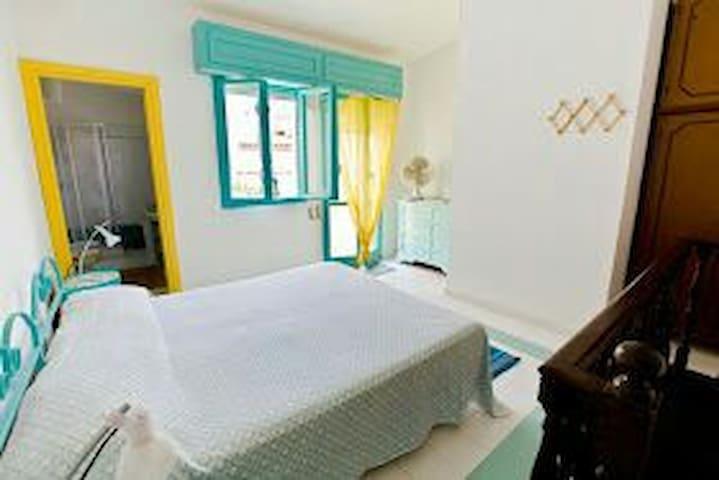 Appartamento tipico con terrazza - Carloforte