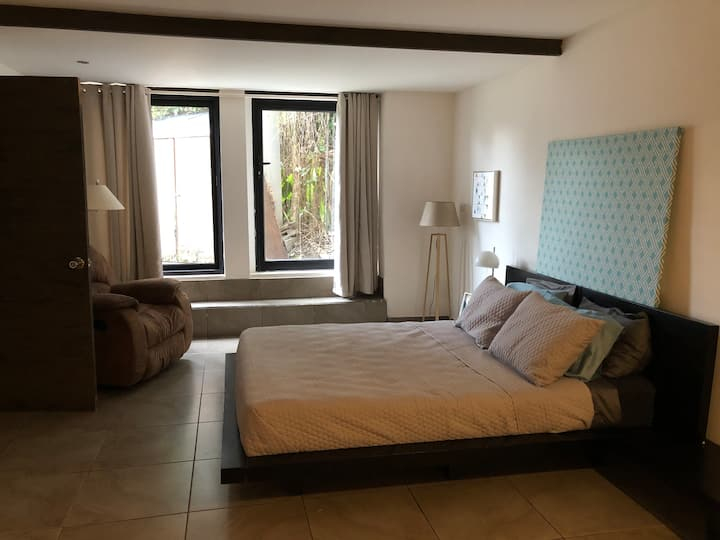 Comfortable, private, centric bedroom for 2+ ppl.