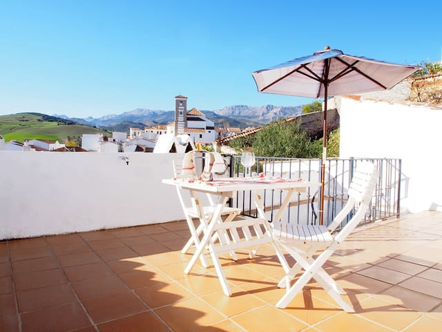 Sunny apartment in Andalusia - Riogordo - Daire