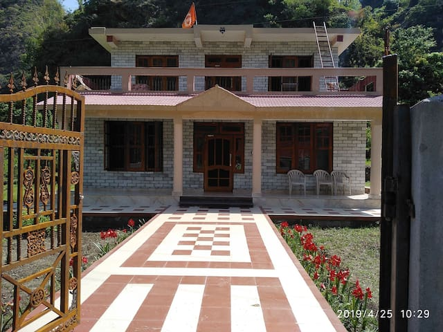 AKHIL FARM HOUSE for 2+Guests