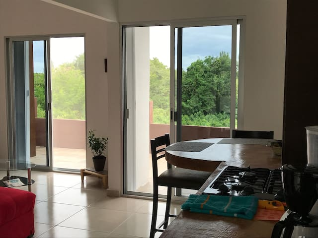 Cozy Apartment with terrace, 5 min from the beach