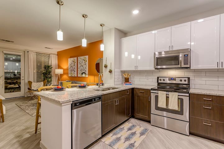 Professionally maintained apt | Studio in Denver