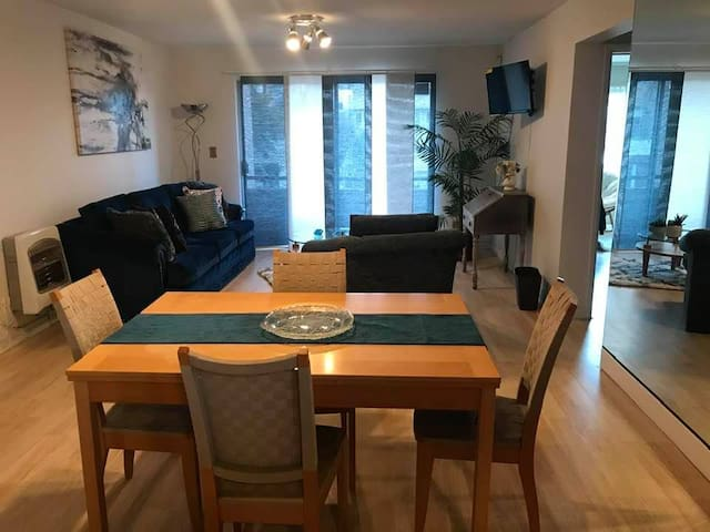 Clean, renovated, apartment,  close to the border
