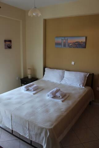 Paralia Ofriniou GR sunrise apartments # 3