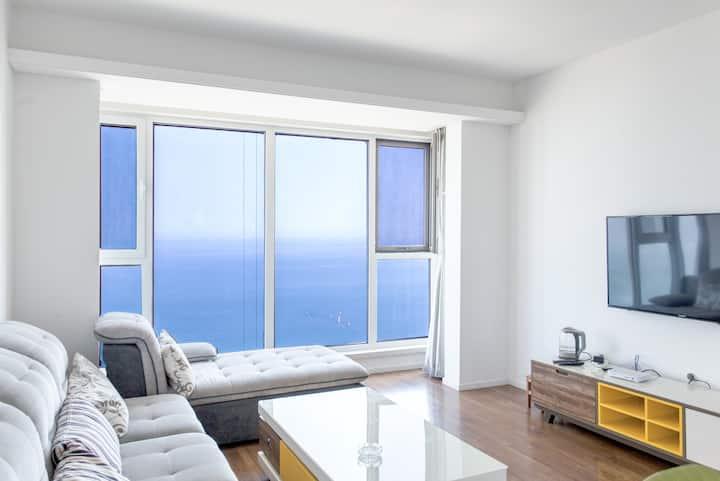 国际海水浴场海景壹号躺在床上就可看海景,楼层27层面积135米观景最佳