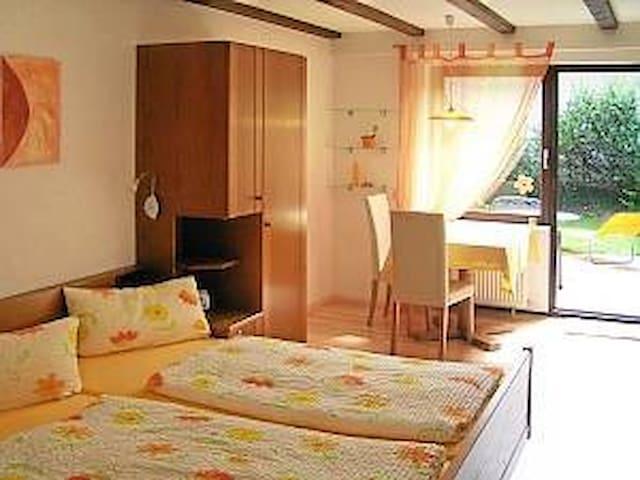 Gästehaus Gaby, (Bad Bellingen), Appartement 2, 30 qm, 1 Wohn-/Schlafzimmer, max. 2 Personen