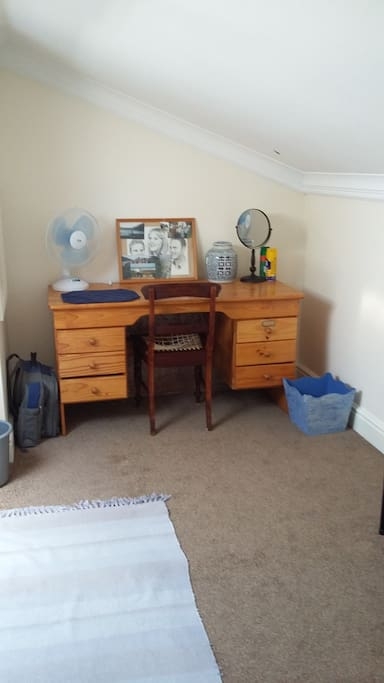 UPSTAIRS LOFT WITH DESK AND DOUBLE BED SLEEPER COUCH