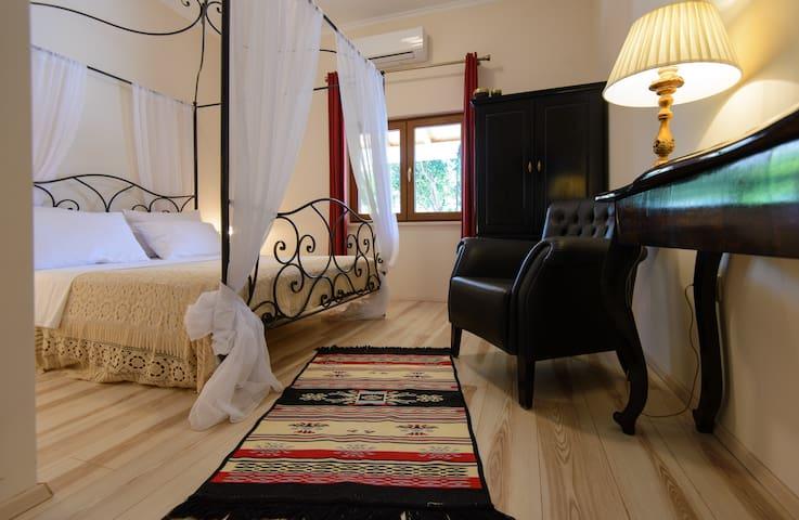 Holiday Home Floreat - Orebić - Villa