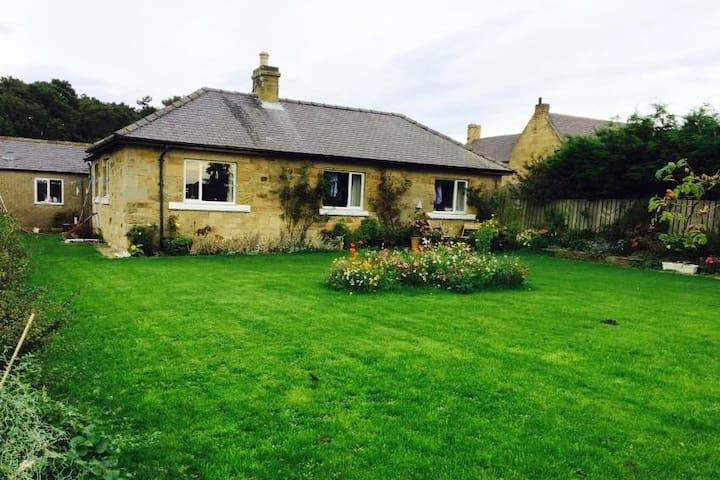 Silvermoor Cottage - Denwick - Bangalô