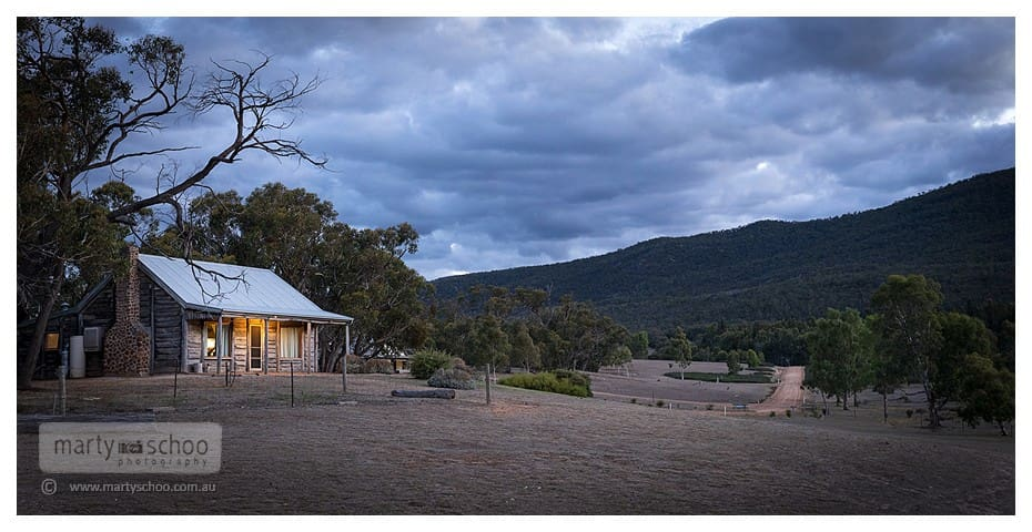 Redgum Log Cottage - Halls Gap - House