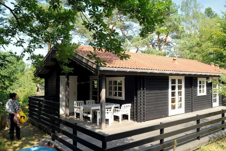 Cozy Holiday Home in Glesborg with Beach nearby