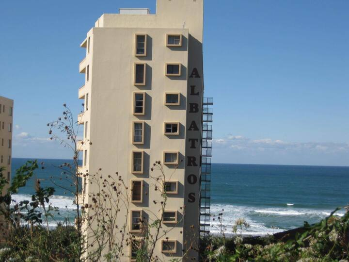 Awesome Beachfront apartment