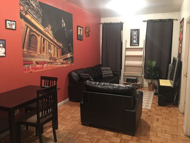 Comfy Private Room in Hamilton Heights
