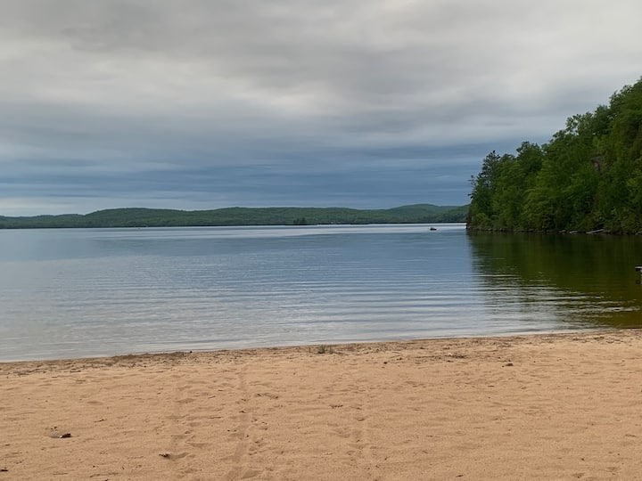 2 Bedroom Cottage in Sand Bay Family Campground