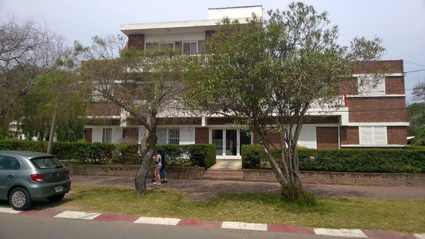 Apartamento en centro de Piriápolis - Piriápolis - Leilighet