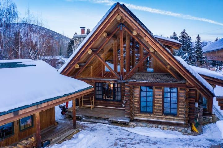 Warmsprings Log Home Heaven