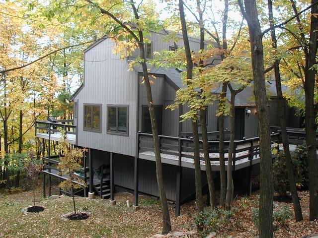 Camelback Mountain Homes