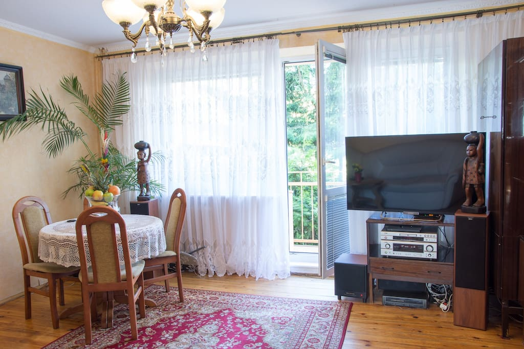 Salon ENG: Living room