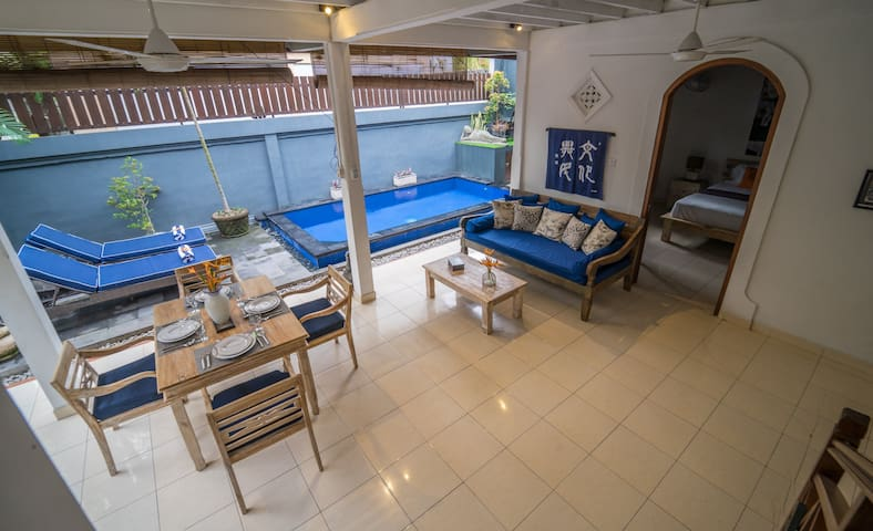 Seminyak, 1 bed with Private Pool, Walk to Beach