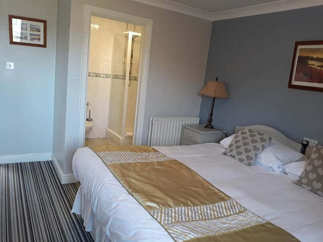Comfortable rooms conveniently located