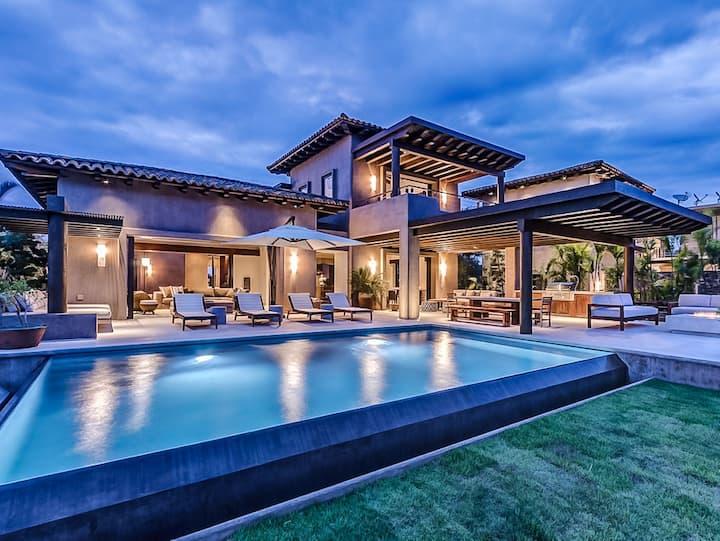 5 Bedroom Luxury Villa with Pool + HSK + Golf cart