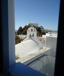 Krinos House In Lagkada (Amorgos)