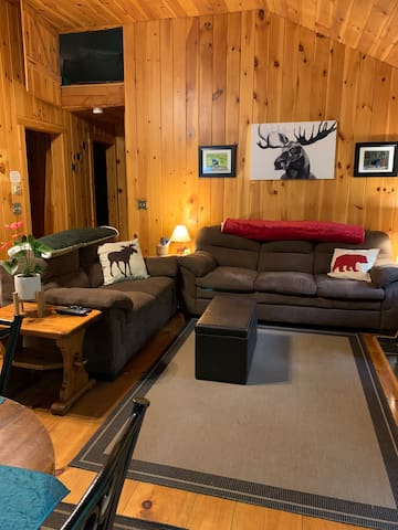 Cabin retreat just steps from adventure