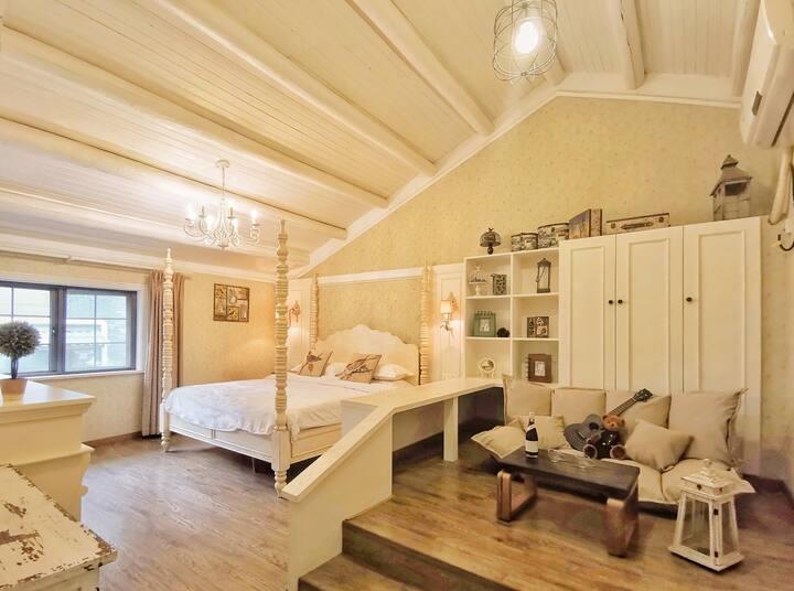茶山露台童梦木屋顶带浴缸房近西湖、灵隐、天竺、南屏晚钟、雷峰塔